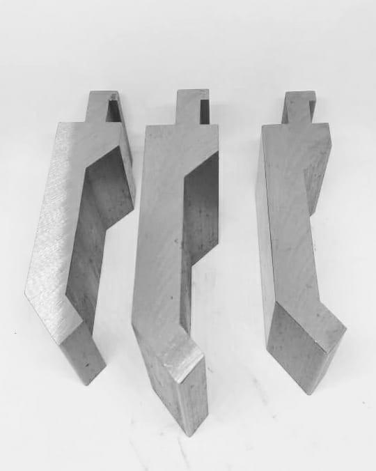 Punção e matriz para dobradeira
